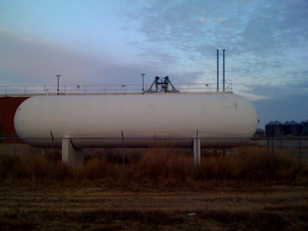 18,000 gallon propane tank