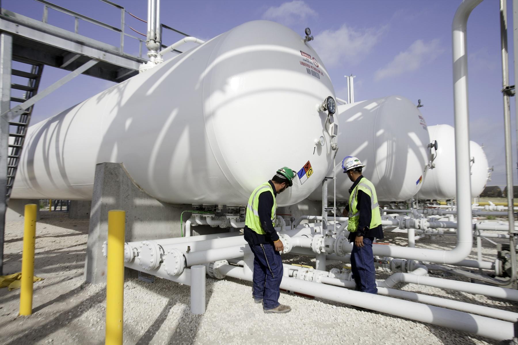 NGL LPG Marine Rain and Truck Terminal - engineering construction