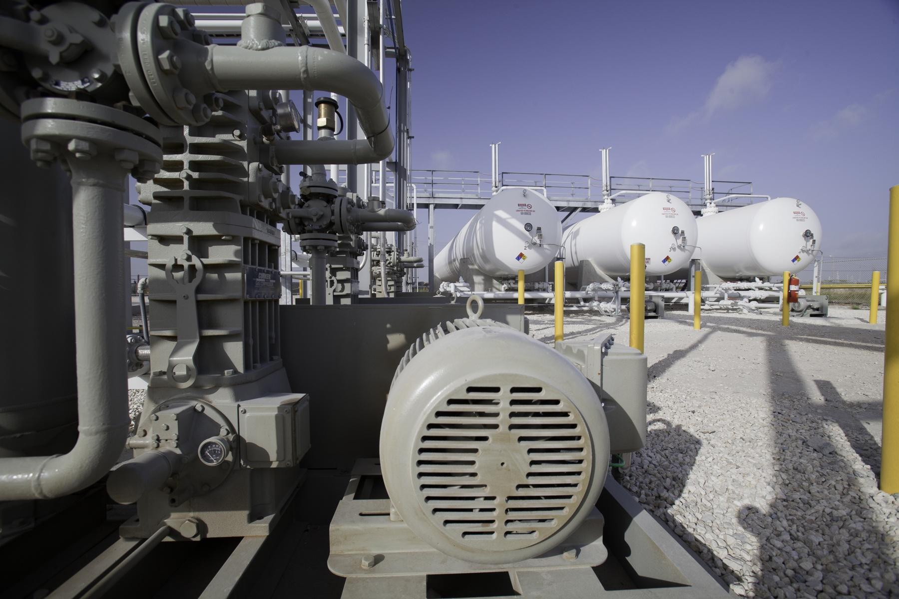 NGL storage tanks -  infrastructure