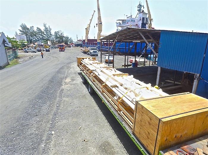 Modular LPG Terminal - Unloading Tanks from Barge