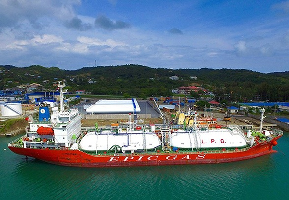 4 - LPG Tanker Ship - Ship Unloading - Engineering Construction Services.jpg