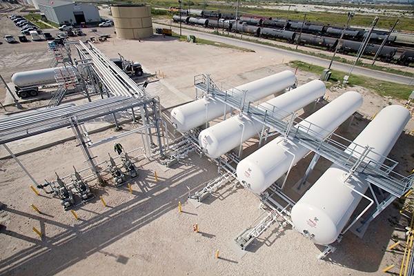 3 - NGL LPG Truck Rail Terminal - Engineering Construction Services.jpg
