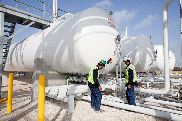 4 - NGL LPG Propane Butane Pipeline to Truck Terminal Engineering Construction.jpg