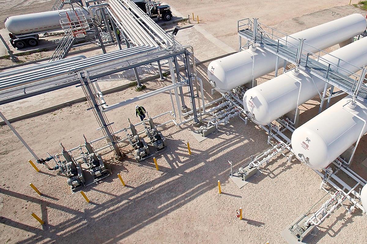 NGL LPG 4 - Truck Rail Terminal - Pump & Compressor Skids 2.jpg