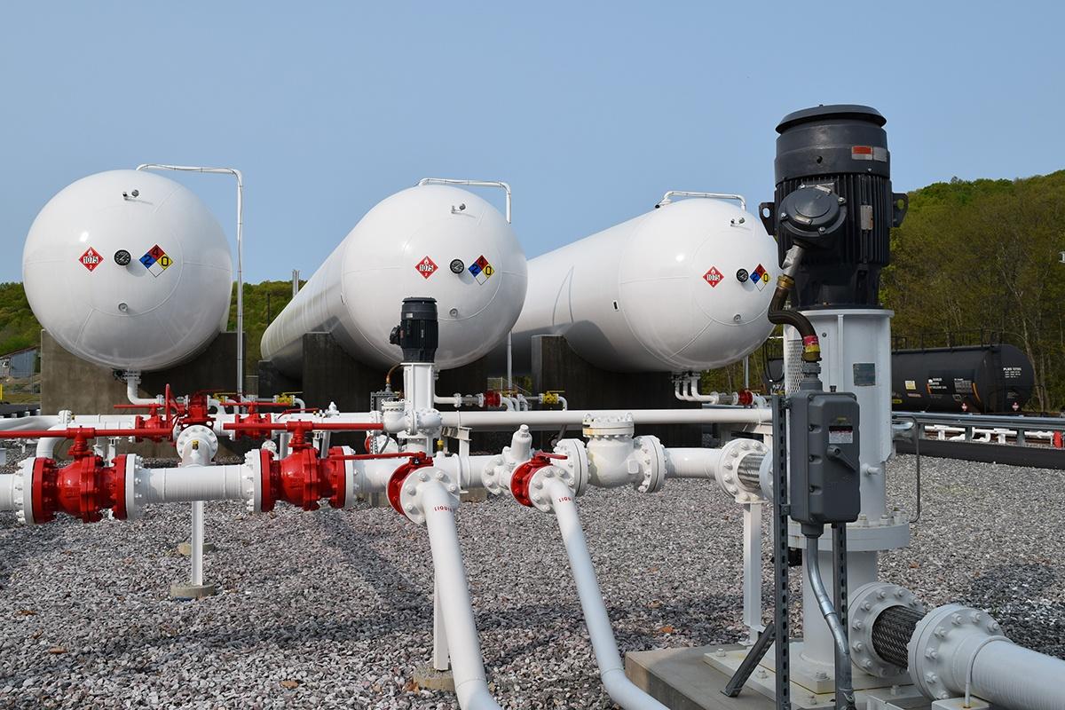 5a - NGL LPG pumps compressors_.jpg