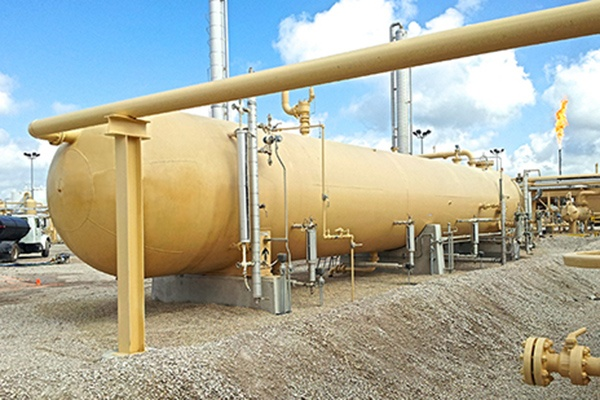 1 - Oil & Gas Processing - ASME Pressure Vessels - U-Stamp Fabrication & R-Stamp Modifications.jpg