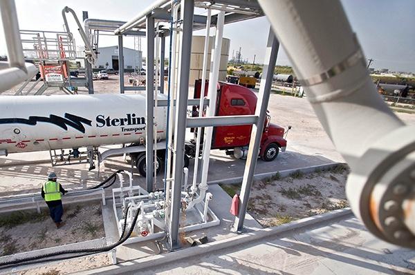 10 NGL_LPG_Truck_Terminal_Engineering_Construction_.jpg
