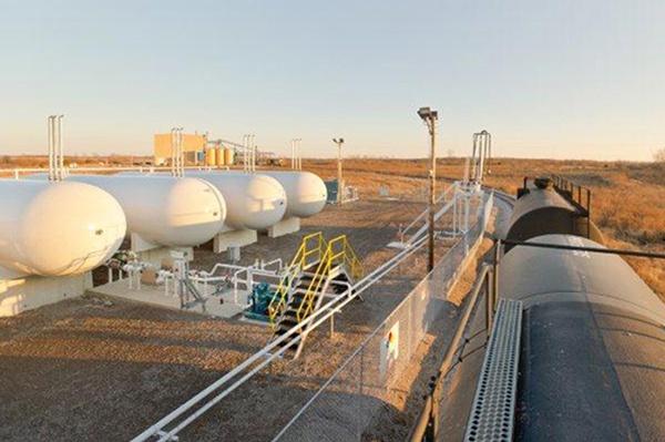14 -NGL LPG-Propane Butane Bulk Plant for Rail.jpg