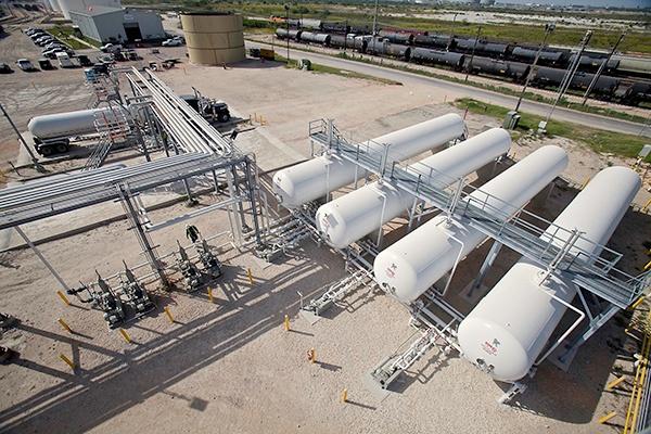 2 -NGL LPG Propane Rail Truck Terminal Transloading.jpg