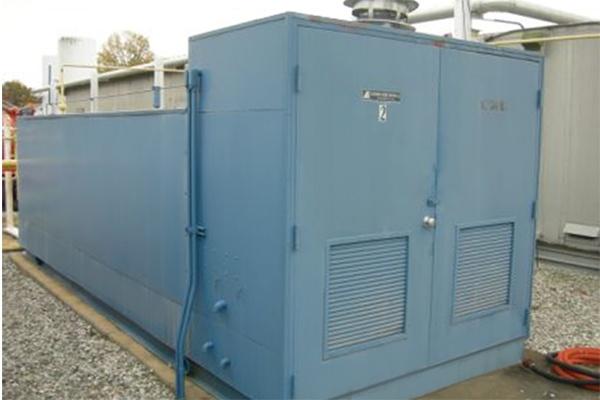 4 - large water bath vaporizer.jpg